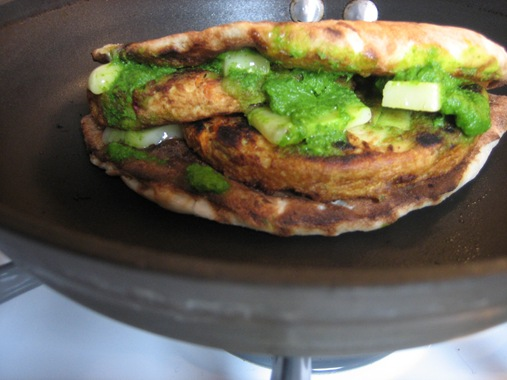 masala-kulcha-burger.jpg