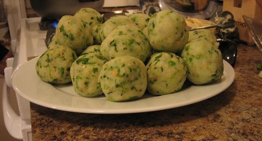 vada-pav-balls.jpg