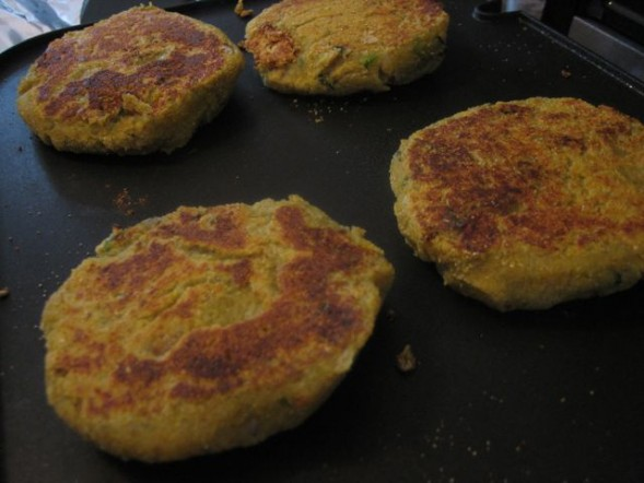 aloo-tikkis-almost-done