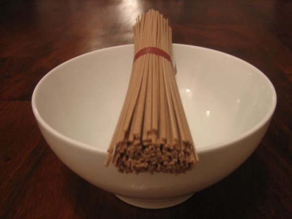 bowl-of-soba-noodles