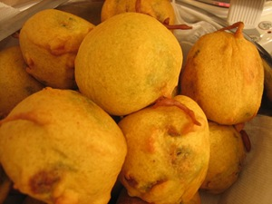 fried-vadas-for-vada-pav-thumb.jpg