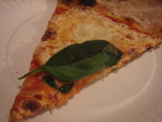 lucali-pizza